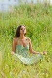 kobieta, siedząca Fotografia Royalty Free
