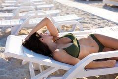 kobieta skórnicza plażowa zdjęcie stock