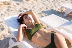 kobieta skórnicza plażowa obraz royalty free