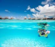 Kobieta snorkeling Fotografia Royalty Free