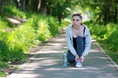 Kobieta sporta drzewny zaczynać Zdjęcie Royalty Free