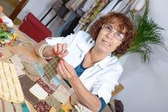 Kobieta szy patchwork Zdjęcie Stock