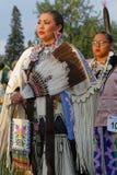 Kobieta tancerze 49th roczny Zlany plemienia Pow no! no! w Bismark fotografia royalty free