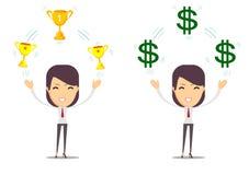 Kobieta trzyma filiżankę, nagroda, pieniądze nagroda Zdjęcia Stock