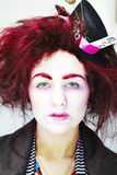Kobieta ubierał jako szalenie hatter Obrazy Stock