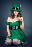 Kobieta ubierająca jako leprechaun Obraz Royalty Free