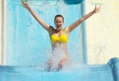 Kobieta w aqua parku Zdjęcie Royalty Free