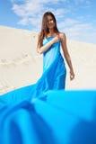 Kobieta w błękicie zdjęcia stock