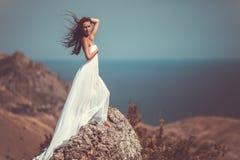 Kobieta w biały tkance Obraz Royalty Free