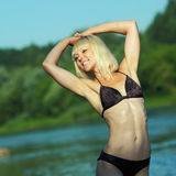 Kobieta w bikini Zdjęcia Royalty Free