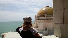Kobieta w Cadiz Hiszpania zdjęcie wideo