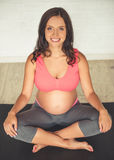 kobieta w ciąży, jogi Fotografia Royalty Free
