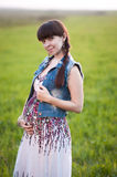Kobieta w ciąży w polu Obrazy Royalty Free