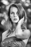 Kobieta w Czarny & Biel Obrazy Royalty Free