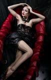 Kobieta w czerwieni skąpaniu zdjęcie royalty free