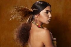 Kobieta w etnicznej sukni Zdjęcie Stock