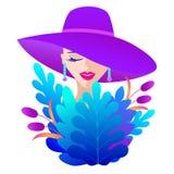 Kobieta w fiołkowym kapeluszu zdjęcia royalty free