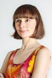 Kobieta w kolorowej sukni zdjęcie stock