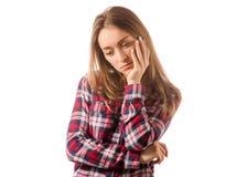 Kobieta w koszula myśleć spęczenie obraz stock