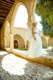 Kobieta w ślubnej sukni Zdjęcie Stock