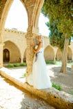 Kobieta w ślubnej sukni Zdjęcia Stock