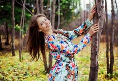 Kobieta w parku Fotografia Royalty Free