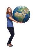 Kobieta w pełnej długości mienia ziemi kuli ziemskiej Zdjęcia Royalty Free