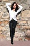 Kobieta w rzemiennych spodniach Obrazy Royalty Free