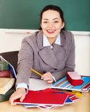 Kobieta w sala lekcyjnej. obraz stock