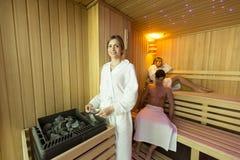 Kobieta w sauna Zdjęcie Stock