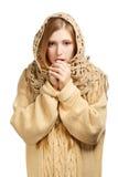 Kobieta w włóczkowy nagrzanie marznąć comforter rękach obraz royalty free