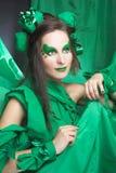 Kobieta w zieleni. Obrazy Royalty Free
