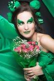 Kobieta w zieleni. Zdjęcia Royalty Free