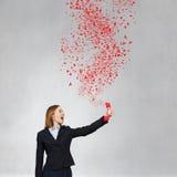 Kobieta wrzask w czerwonym odbiorcy Obraz Royalty Free