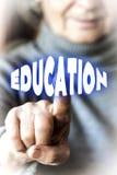 Kobieta wybiera edukację Zdjęcie Royalty Free