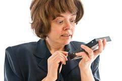 Kobieta z ciężką przejażdżką i SATA depeszujemy Fotografia Stock