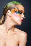 Kobieta z fałszywym piórkowym rzęsy makeup Obraz Stock