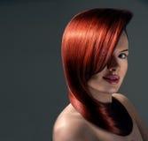 Kobieta z galanteryjną fryzurą Zdjęcie Royalty Free