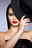 Kobieta z kapeluszem Zdjęcie Stock