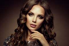 kobieta z kijem Splendoru portret piękny kobieta model z świeżym makeup i romantyczną fryzurą obraz royalty free