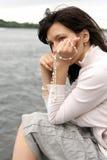 Kobieta z koralikiem Fotografia Royalty Free
