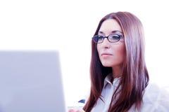 Kobieta z laptopem zdjęcia stock