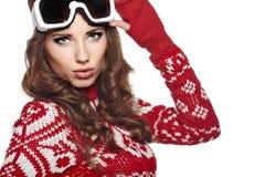 Kobieta z narciarskim gogle odizolowywającym na bielu Obrazy Royalty Free