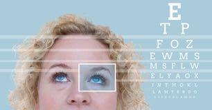 Kobieta z oko ostrości pudełka szczegółem, liniami i oko próbnym interfejsem Obraz Stock