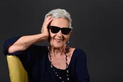 Kobieta z okularami przeciwsłoneczne obrazy royalty free