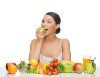 Kobieta z owoc i warzywo Obrazy Stock