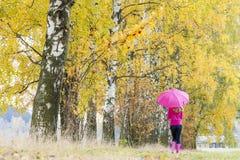 Kobieta z parasolem Zdjęcia Stock