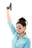 Kobieta z pistoletami odizolowywającymi na białym tle fotografia stock
