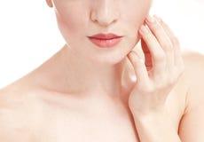Kobieta z przygotowywającą skórą. Zdjęcia Stock