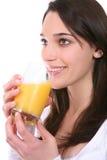 Kobieta z Sok Pomarańczowy zdjęcia stock